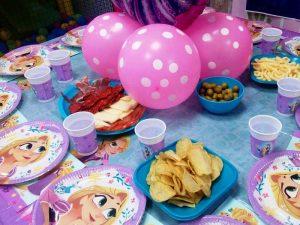 Decoracion-Cumpleaños-Rapunsel-Local-Fuenlabrada-Palmas-Palmitas